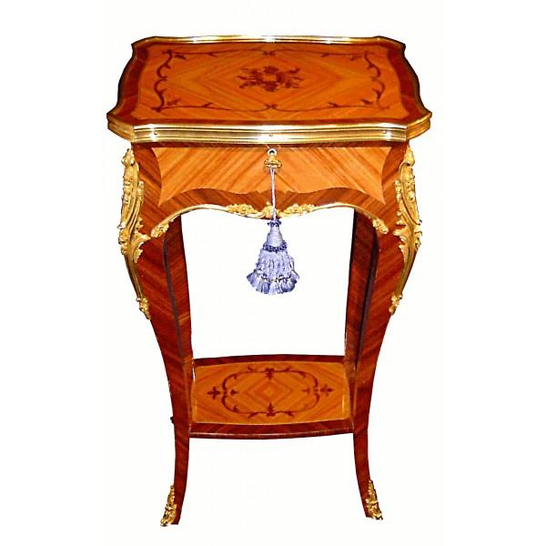 table-a-volets-de-style-louis-xv